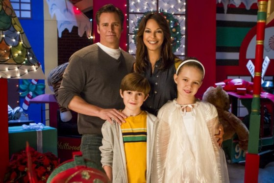 Help For The Holidays Cast Including Mason Cook
