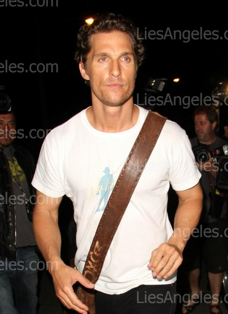 Matthew Mcconaughey With Bag