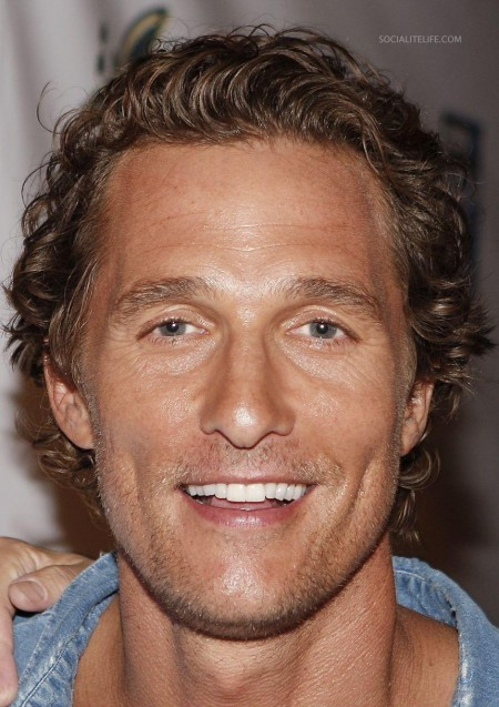 Surfer Dude Matthewmcconaughey Premiere Photos