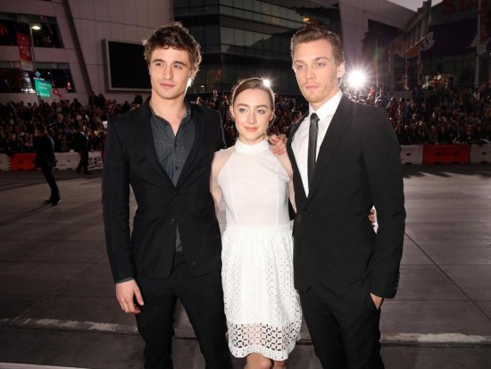 Saoirse Ronan Max Irons Premiere Summit Entertainment Vfaxwgggsbkx And Emily Browning