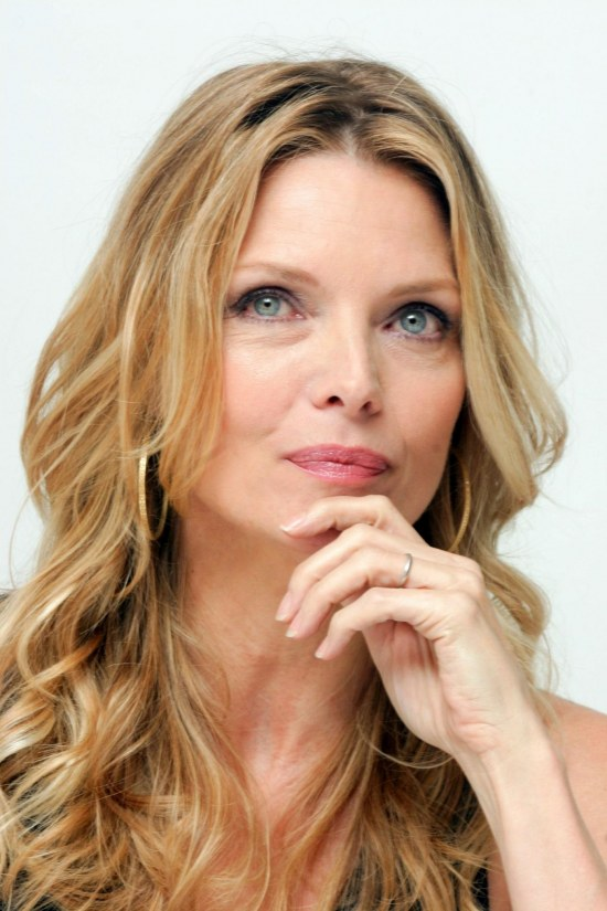 Michelle Pfeiffer Desktop Wallpaper