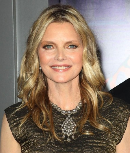 Michelle Pfeiffer Premiere Dark Shadows