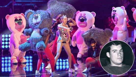 Miley Cyrus Dancing Bears Todd James Twerking