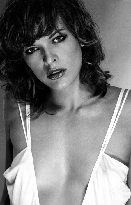 Milla Jovovich Desktop Hd Wallpaper