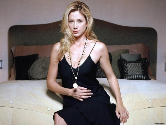 Go Mirasorvino Wallpaper
