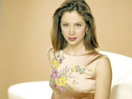 Mira Sorvino Wallpaper