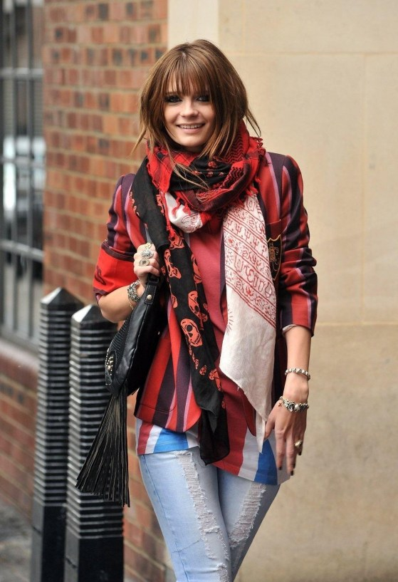 Mischa Barton Red Top Jeans Bl