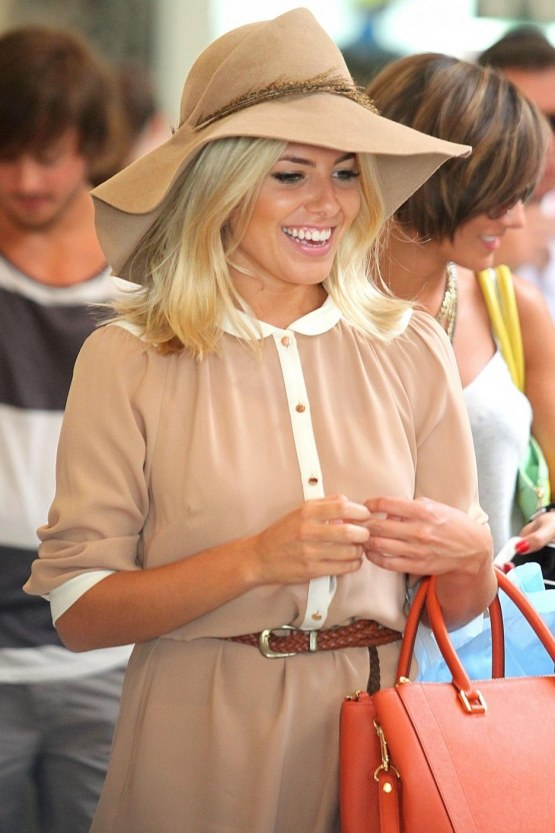 Full Mollie King