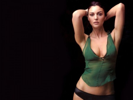 Monica Bellucci Hot Wallpaper Matrix