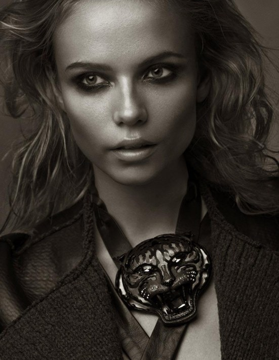Natasha Poly Black And White