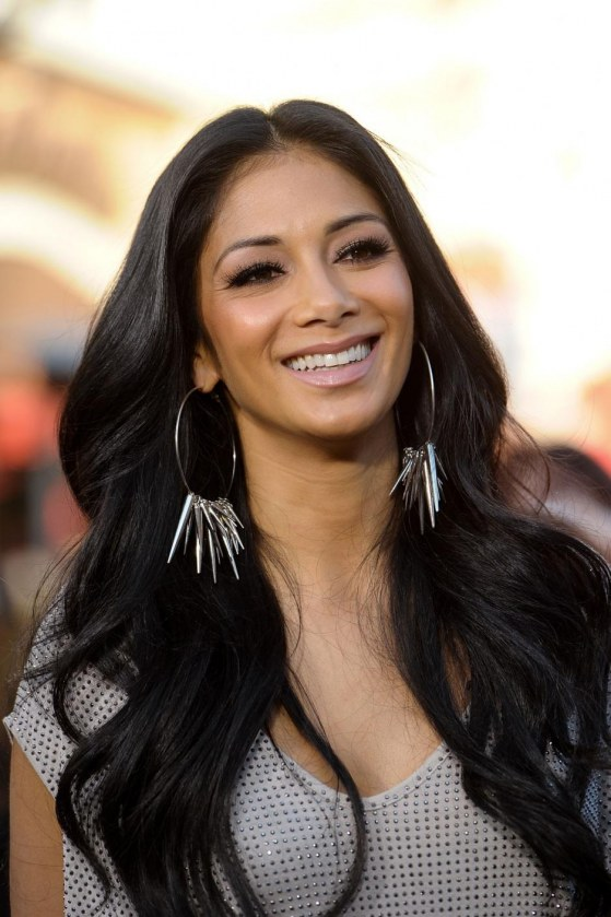 Nicole Scherzinger At Extra Tv Show At The Grove In Los Angeles