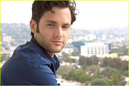 Penn Badgley Jj