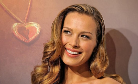 Petra Nemcova Wallpapers Hd Wallpaper