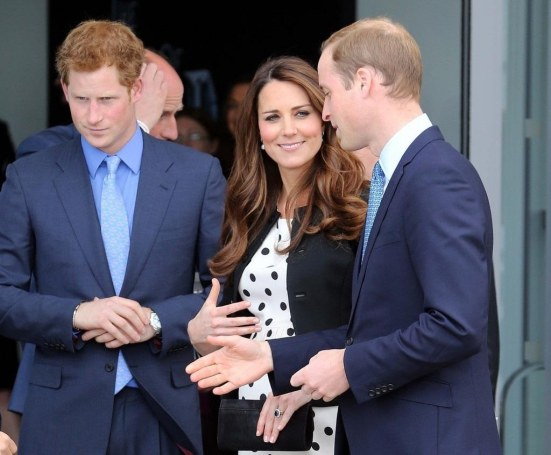 Kate Middleton Prince Harry British Royals Twh Ryhlq Yx And William