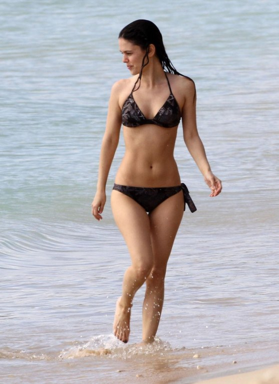 Rachel Bilson In Bikini At The Beach In Barbados Beach