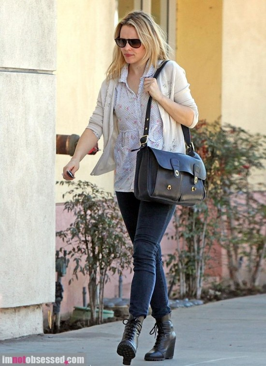 Rachel Mcadams Shops Around In Socal