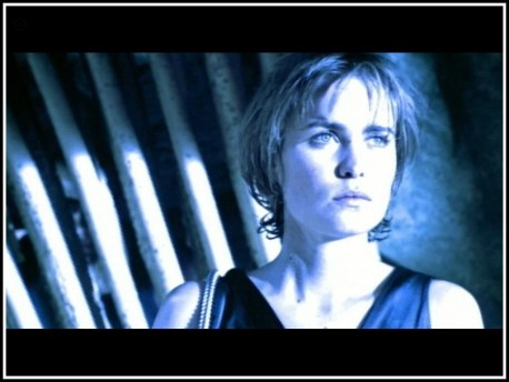 Radha Mitchell As Carolyn Fry In Pitch Black Movies