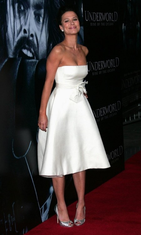 Rhona Mitra White Strapless Dress Underworld Rise Lycans Premiere Rm Underworld