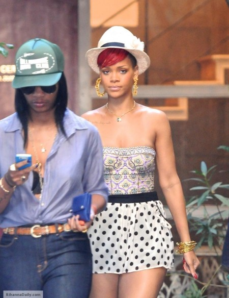 Rihanna Shopping In Los Angeles June Rihanna Shopping
