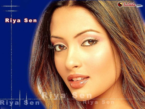 Beautiful Riya Sen Wallpapers Wallpaper