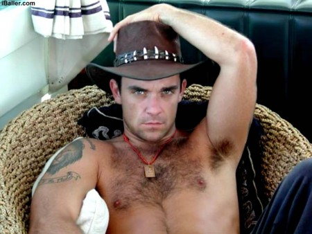 Robbie Williams Hot