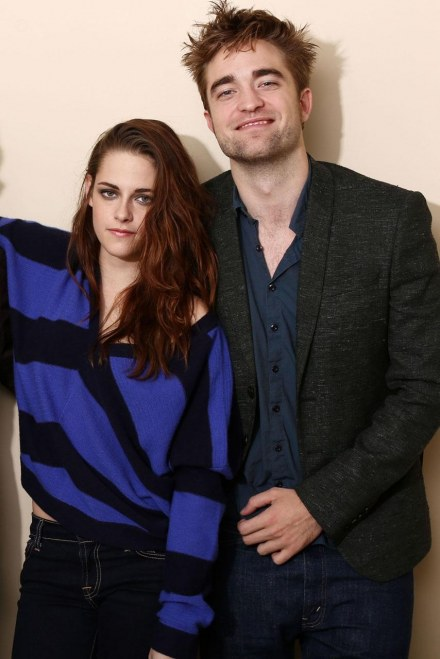 Kristen Stewart Robert Pattinson Rom Garticle And Kristen Stewart