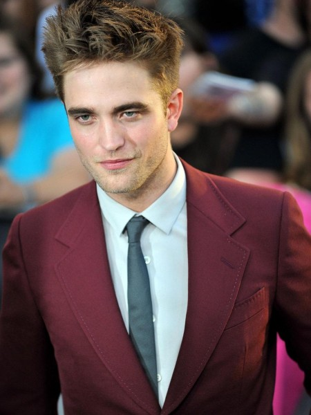 Robert Pattinson Red Suit
