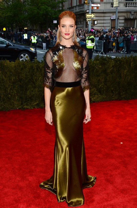 Rosie Huntington Whiteley At Met Gala In New York Rosie Huntington Whiteley