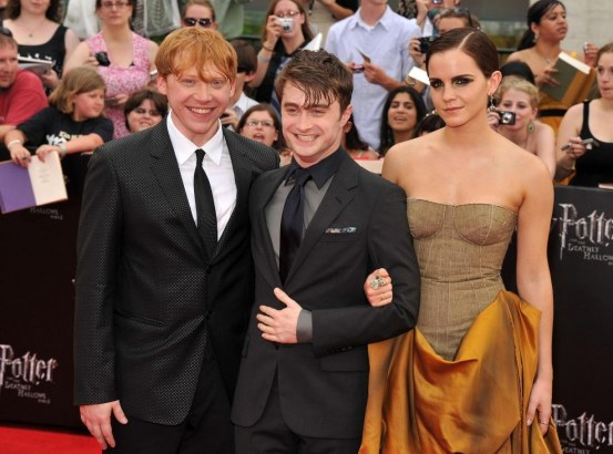 Rupert Grint Daniel Radcliffe And Emma Watson In Harry Potter Si Talismanele Mortii Partea Ii Large Picture And Emma Watson