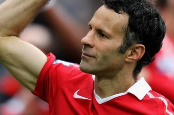 Ryan Giggs Hot