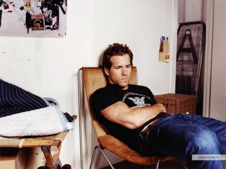 Free Ryan Reynolds Wallpapers