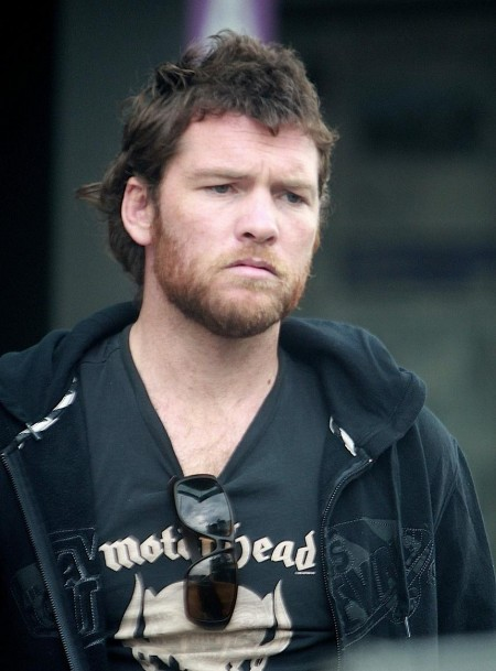 Sam Worthington Beard Booze Shopping