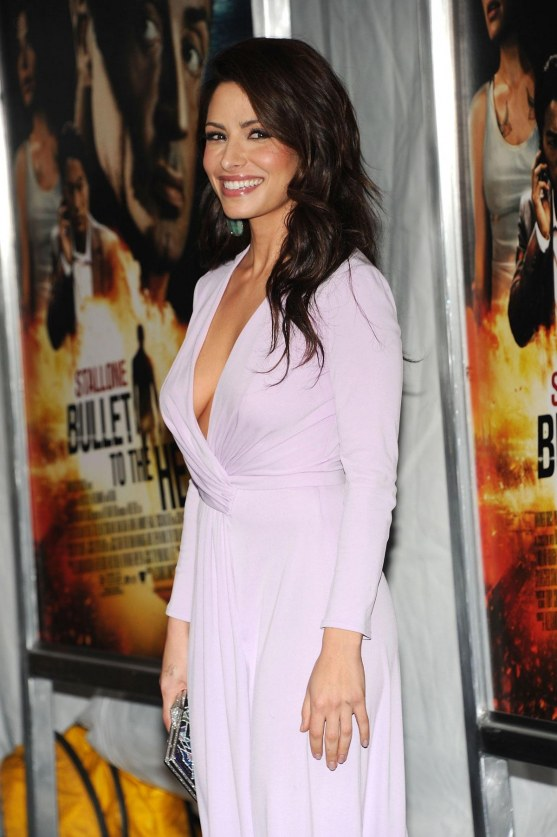 Sarah Shahi At Bullet To The Head Premiere In New York Bullet To The Head