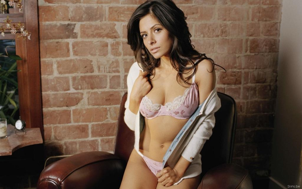 Sarah Shahi Wallpapers Wallpaper
