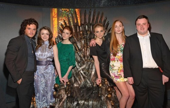 Natalie Dormer Kit Harington Rose Leslie Maisie Williams Sophie Turner And John Bradley In Urzeala Tronurilor Large Picture And Maisie Williams