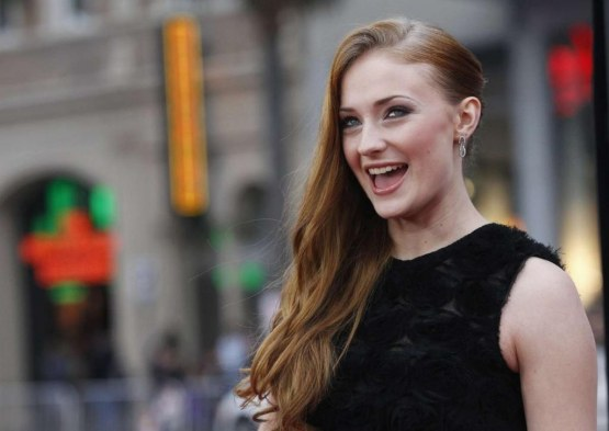 Sophie Turner Premiere Game Of Thrones Season Premiere