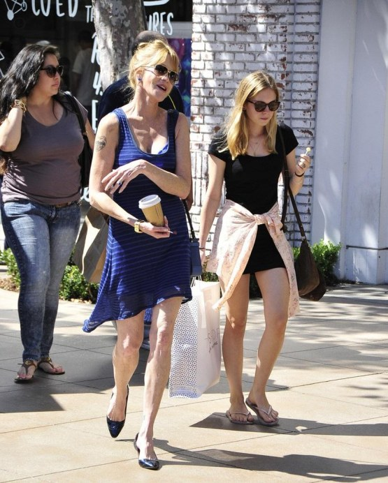 Stella Banderas Melanie Griffith Daughter Sy Tapkz Lox