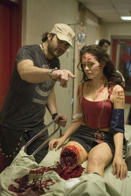 Still Of Rose Mcgowan And Robert Rodriguez In Grindhouse Large Picture