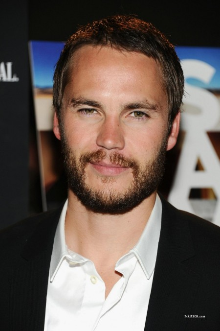 Taylor At Savages Premiere In Nyc June Th Taylor Kitsch