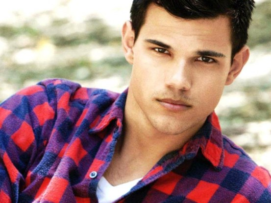 Taylor Lautner Fever Wallpaper