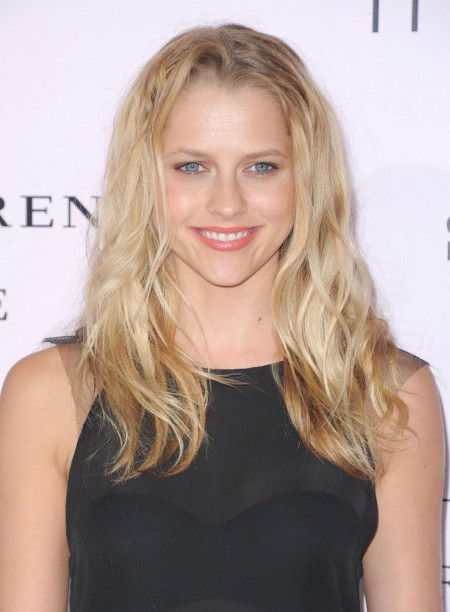 Teresa Palmer At The Vow Premiere In Los Angeles