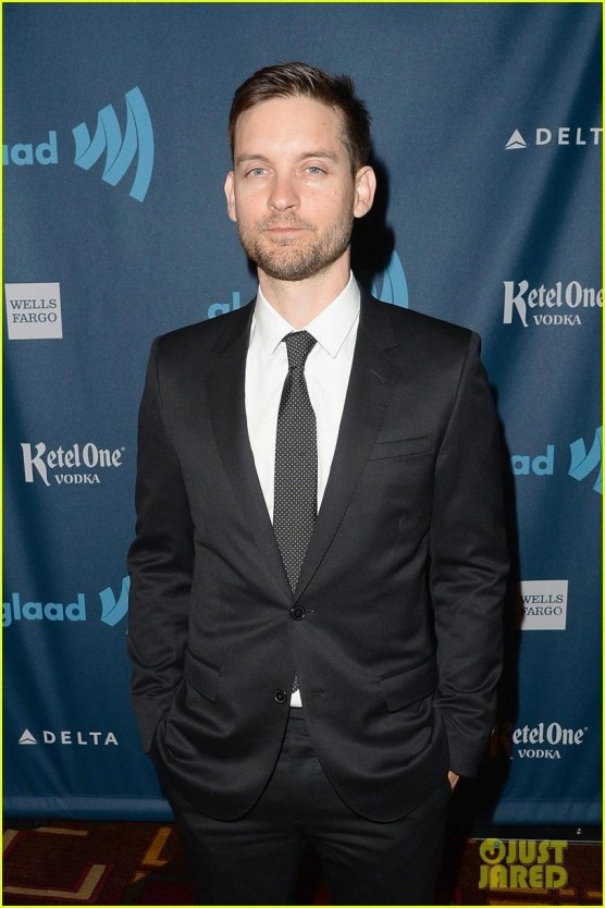 Leonardo Dicaprio Tobey Maguire Glaad Media Awards