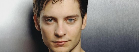 Tobey Maguire Guy Actor Face Close Up Fat