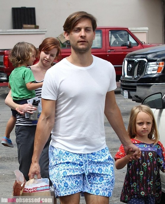 Tobey Maguire Stops By The Market