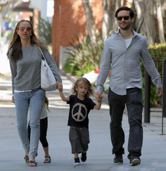 Tobey Maguire Tobey Maguire Family Day Out Kjqqjo Ckx