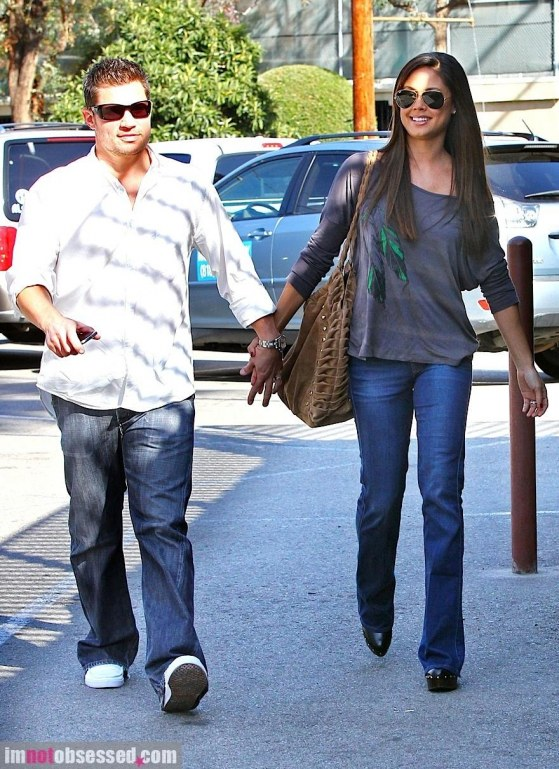 Nick Lachey Vanessa Minnillo Out And About And Nick Lachey