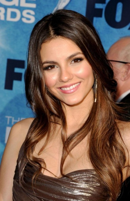 Victoria Justice Nd Naacp Image Awards