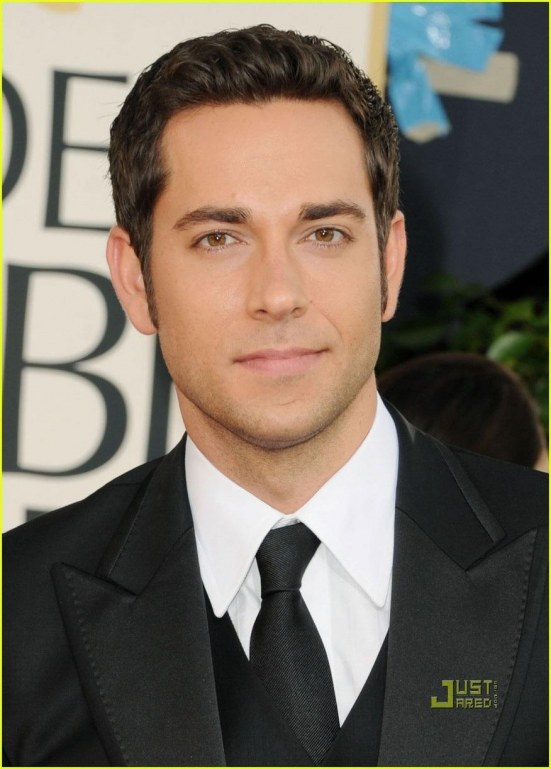 Zachary Levi Mandy Moore Golden Globes Red Carpet